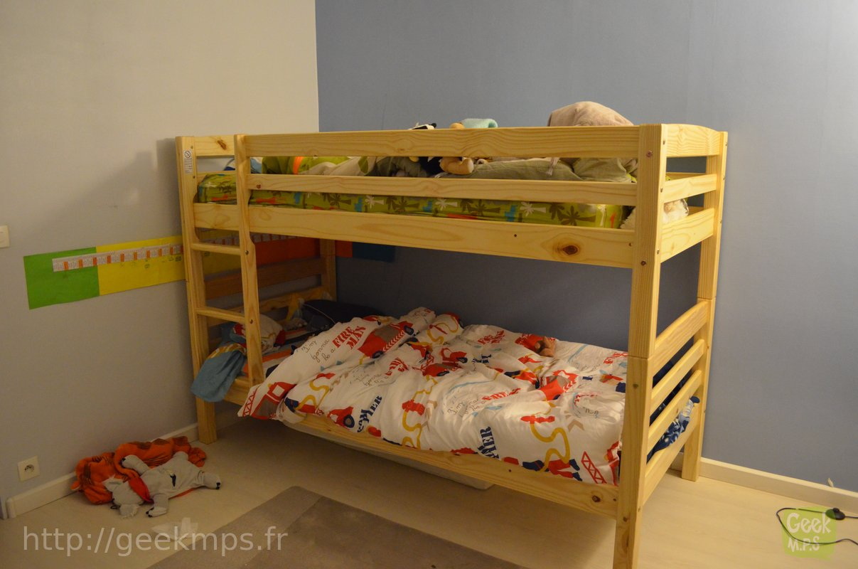choisir un lit superpos pour ses enfants pas trop cher. Black Bedroom Furniture Sets. Home Design Ideas