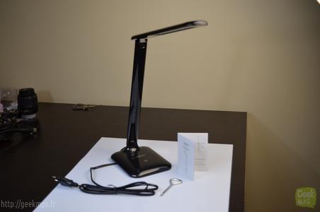 Test de la lampe de bureau pour aglaia